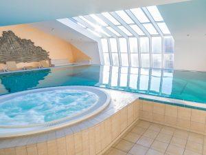 Schwimmbad_Sauna_4zu3-1