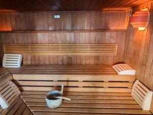 Schwimmbad_Sauna_4zu3-3