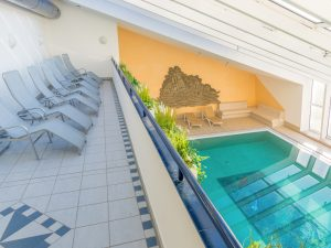 Schwimmbad_Sauna_4zu3-4